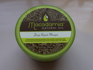 Macadamia Hair Masque Review: Is It Worth The Hype?